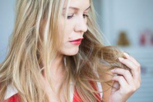 Когда нужно восстановление волос в салоне